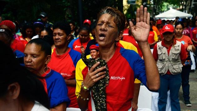 Seguidores de Hugo Chávez peregrinan por su recuperación