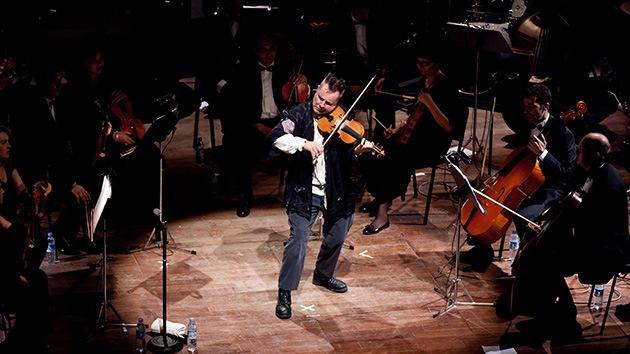 """La BBC censurará el comentario de un violinista sobre el """"apartheid"""" de Israel"""