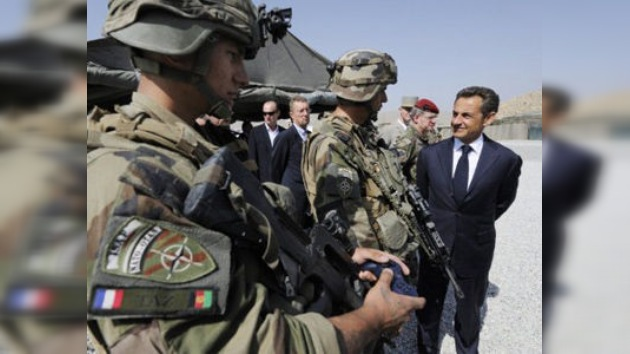 Sarkozy se compromete a retirar de Afganistán a 1.000 soldados franceses en 2012