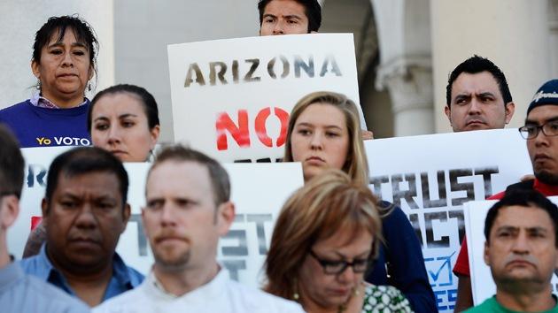 Entra en vigor la cláusula más dura de la ley antiinmigrantes de Arizona