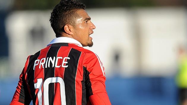 Acusan a hinchas por insultos racistas contra el jugador del Milan AC Boateng