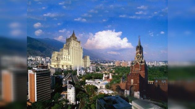 Rusia expone a Chávez su plan de construcción de viviendas en Venezuela