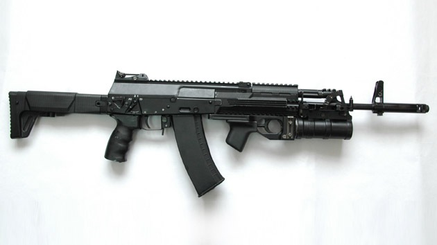 ¿En qué supera el nuevo Kaláshnikov AK-12 a su famoso predecesor?