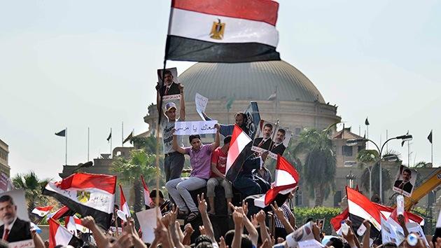 Egipto: Enfrentamientos entre partidarios y opositores de Morsi dejan varios muertos y heridos