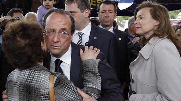"""Expareja de Hollande: La política de Francia es """"misógina"""" y su líder el """"'rey de la anfibología"""""""