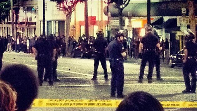 EE.UU.: La Policía dispersa a centenas de skaters que 'ocuparon' Hollywood