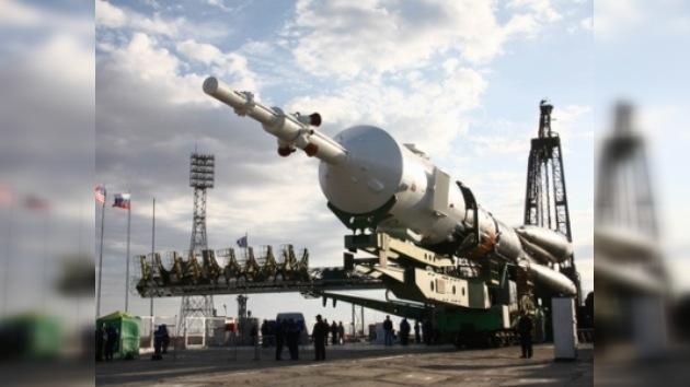 La nave cósmica Soyuz TMA-M, lista para el despegue
