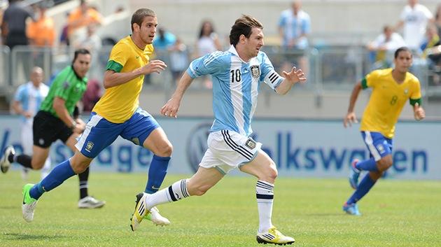 Una fiesta del gol en el amistoso entre Brasil y Argentina