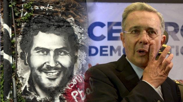 """Examante de Pablo Escobar: """"Uribe le concedió licencias para disponer de pistas de aterrizaje"""""""