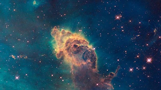 'Capuchino' cósmico: Los científicos descubren el verdadero color del Universo