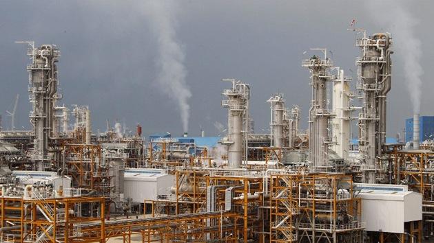 Irán planea abrir la mayor refinería de gas del golfo Pérsico