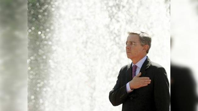Uribe, dispuesto a cooperar con Venezuela para derrotar al crimen