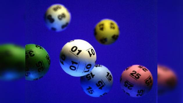 Un concursante gana 128 milliones de dólares a la lotería en EE.UU.