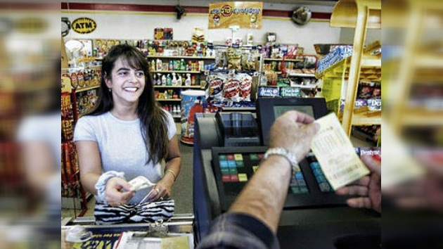 El matrimonio más feliz del mundo: una pareja gana 130 millones de dólares a la lotería