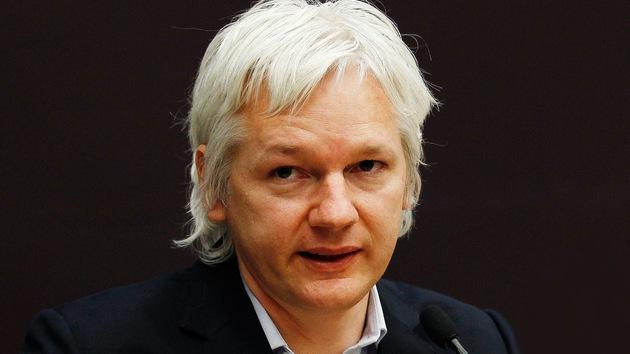 Londres ignora los problemas cardíacos que padece Assange y le niega asistencia médica