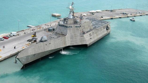 Lo barato sale caro: la tacañería 'disuelve' un buque de la Armada de EE.UU.