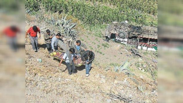Un accidente de tráfico deja 17 muertos y alrededor de 20 heridos en Perú