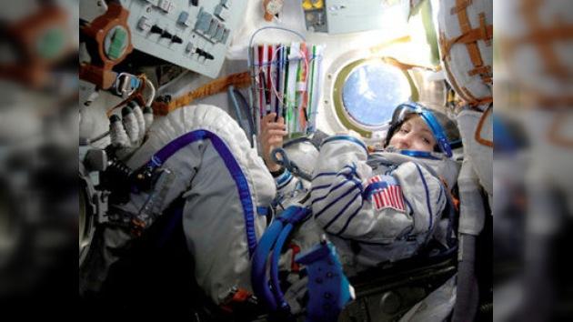 La primera cosmonauta rusa del siglo XXI se prepara para volar al espacio