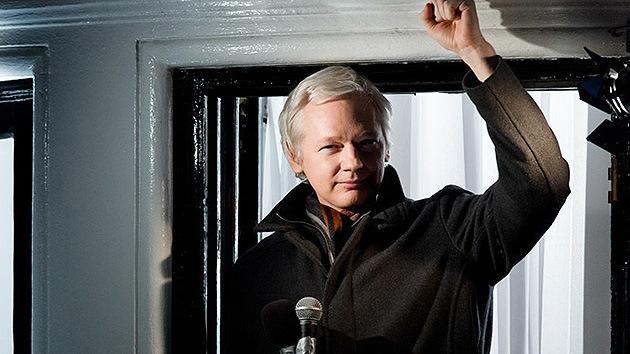 ¿Por qué la corte sueca no deja que Assange vea las pruebas clave contra él?