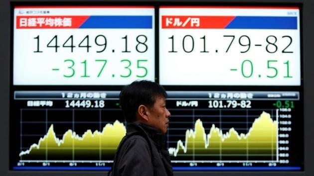 """Economista de Saxo Bank: """"Las autoridades chinas han creado una crisis controlada"""""""