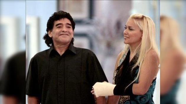 La novia de Diego Maradona pierde el bebé que esperaban