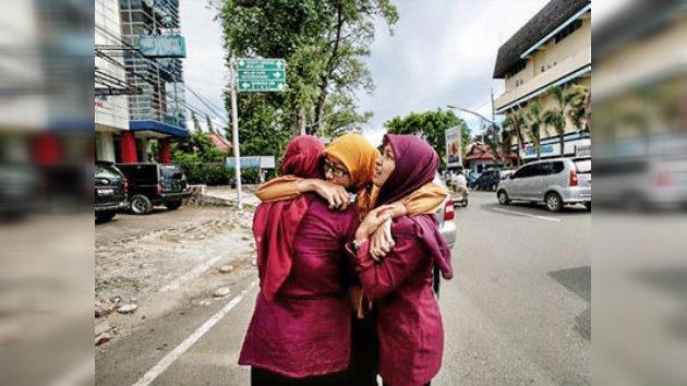Una réplica del terremoto indonesio alcanza una magnitud de 8,2 en la escala de Richter