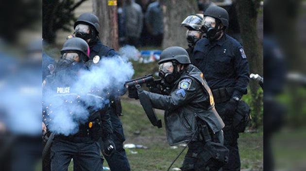 La Policía de Kent, Ohio, disuelve con gas pimienta una fiesta universitaria