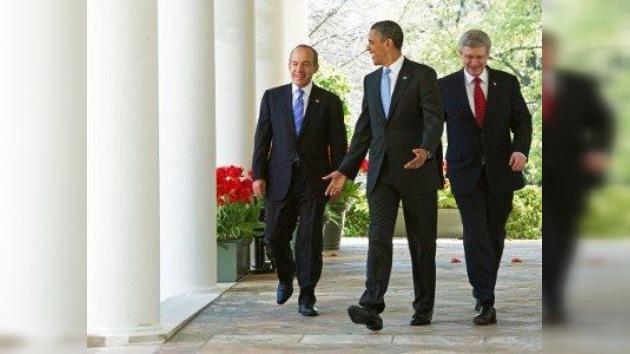 La reunión entre Obama, Harper y Calderón 'no está resolviendo el problema'
