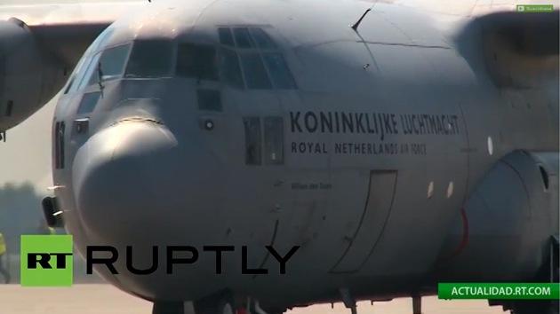 Error fatal: tuit de AP sugirió que avión que trasladaba cuerpos del MH17 se estrelló