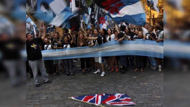 Argentina pide a sus empresarios boicotear las importaciones británicas
