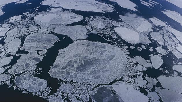 Decenas de desaparecidos tras hundirse un barco surcoreano en el mar de Bering