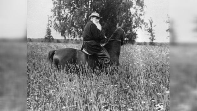 La iglesia ortodoxa no puede revocar la excomunión de León Tolstói
