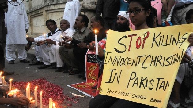 """Libros escolares pakistaníes: """"Matar a los cristianos es el camino hacia el martirio"""""""