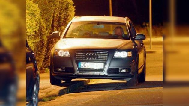 Una pareja alemana vive en su automóvil