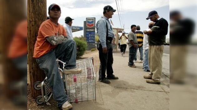 Los emigrantes mexicanos enviaron un 36% menos de remesas en octubre