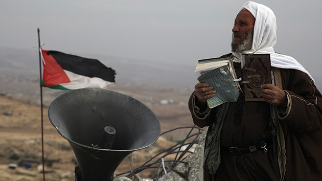 Fotos: Israel echa abajo por segunda vez una mezquita en el sur de Cisjordania