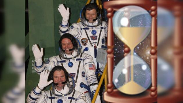 Aplazan el regreso de los tripulantes orbitales