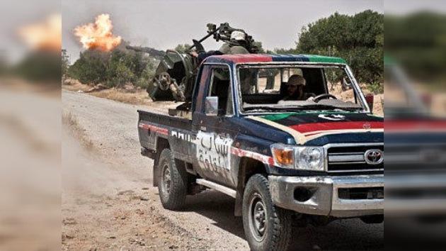 """EE. UU. urge a sus ciudadanos a abandonar Libia """"inmediatamente"""""""