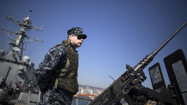 Destructor de EE.UU. cargado con misiles comienza maniobras militares en mar Negro