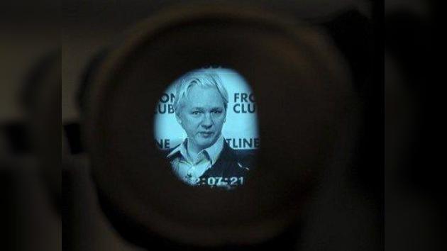 """EE. UU. y Assange: """"Cuidado con lo que escribes, puedes ser el siguiente"""""""