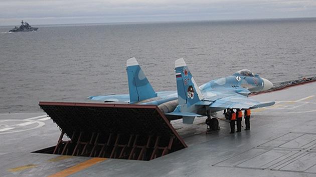 Cazas embarcados rusos estarán dotados del sistema de apontaje a ciegas