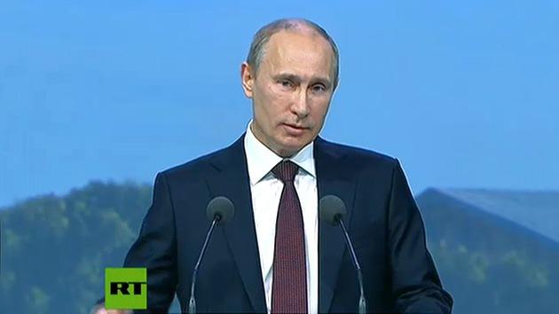 Vladímir Putin da el pistoletazo de salida al evento económico más destacado de Rusia, en VIVO en RT