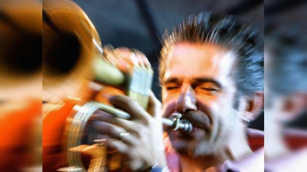 Música Latina y Jazz. Rasgos de su introducción en Rusia.