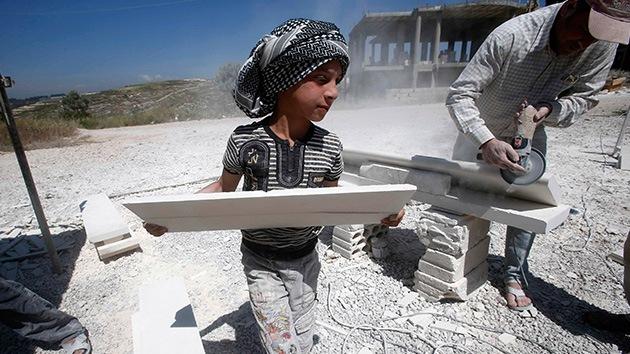 168 millones de niños trabajan en pozos, plantaciones, fábricas o de criados