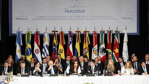 Mercosur incorpora a Venezuela y suspende temporalmente a Paraguay