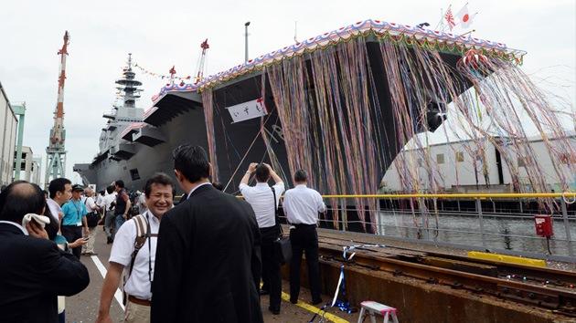 Video: Japón desafía a China con su mayor buque desde la guerra mundial