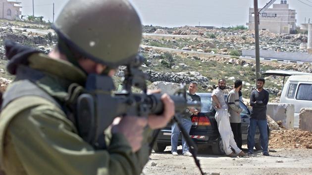 """Acusan a soldados israelíes de matar a un chico palestino de 14 años """"a sangre fría"""""""
