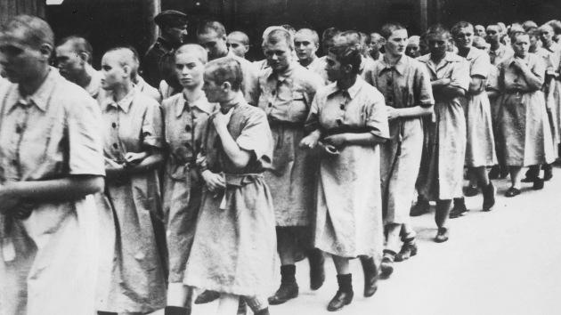 El 'cazador de nazis' exige perseguir a 80 exmiembros de los escuadrones de la muerte