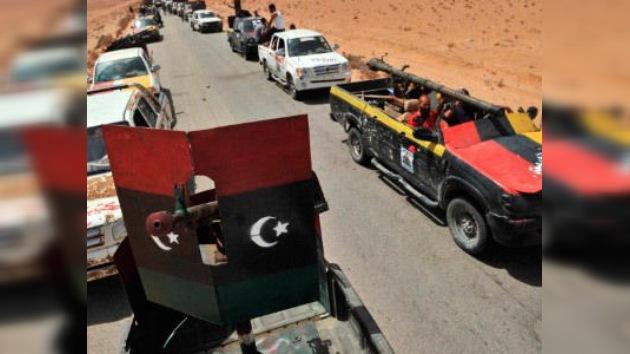 Los rebeldes atacarán en unas horas la ciudad donde podría esconderse Gaddafi
