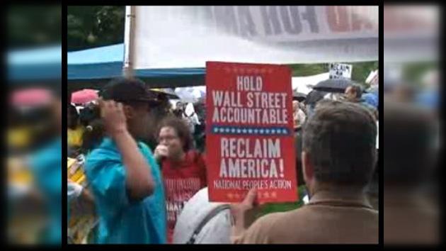 """Un milllar de manifestantes protestan contra la """"avaricia"""" de Wall Street"""